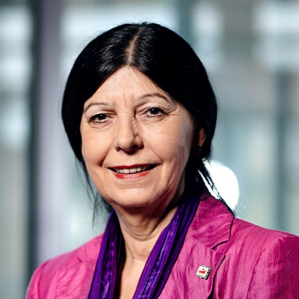 Portraitfoto Roswitha Süßelbeck