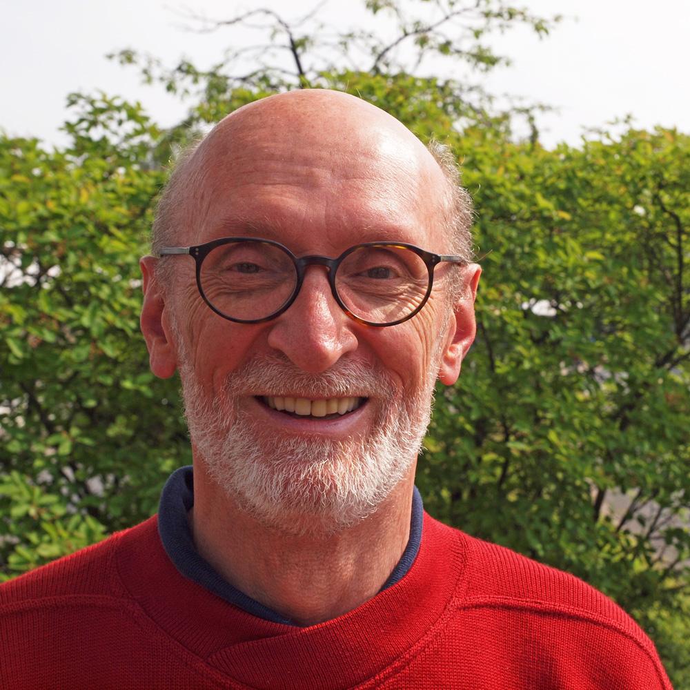 Portraitfoto Erhard Kühn